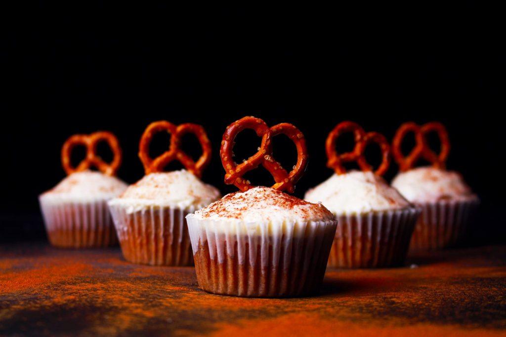 bakery baking confection cupcake